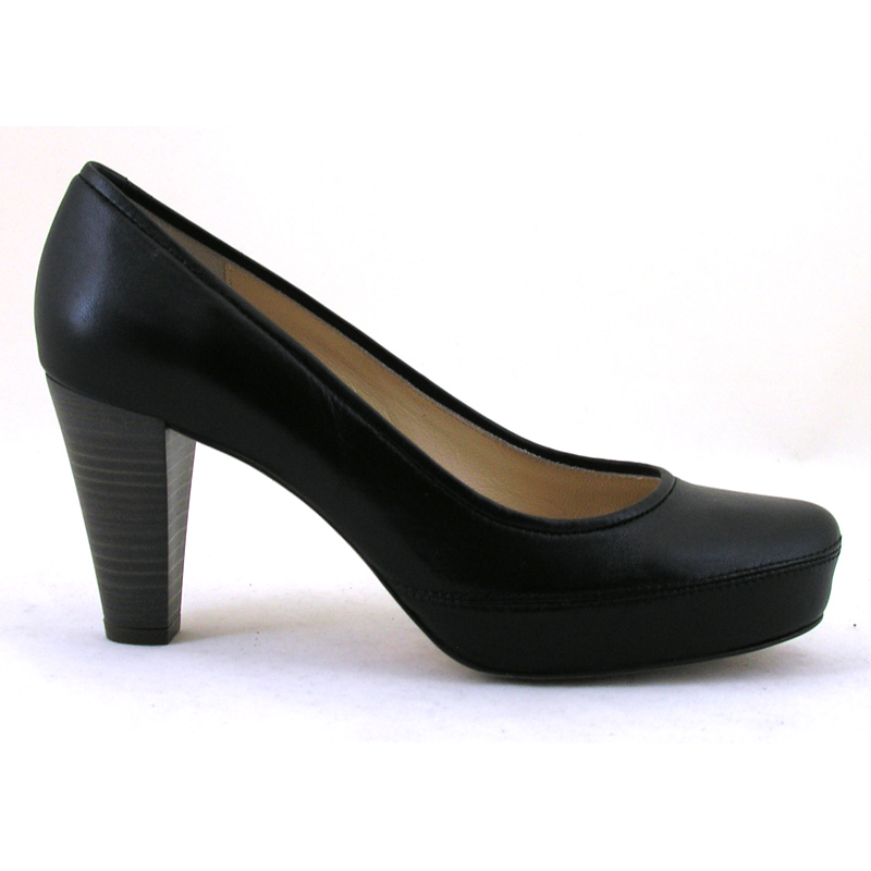 nubia soft black leather high heel court shoe from unisa